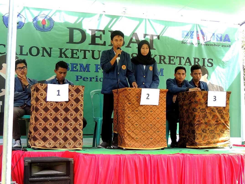 3.-Debat9